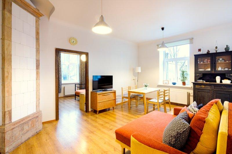 Delightful 1 bedroom apartment, location de vacances à Riga