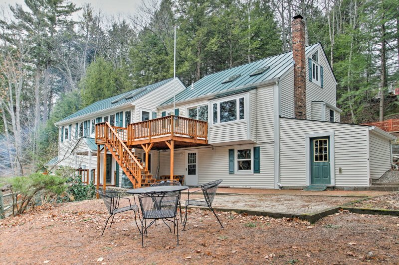 Nestled on Lake Sunapee, enjoy access to boating, swimming, and water sports.