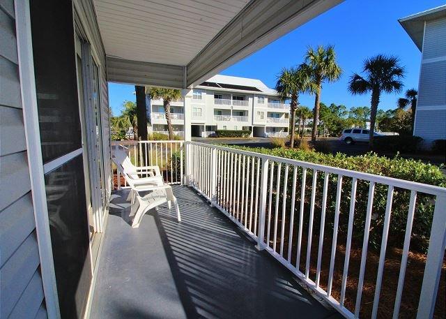 Beachside Villas 414, 2BR/2BA condo in beautiful Seagrove Beach!, holiday rental in Santa Rosa Beach