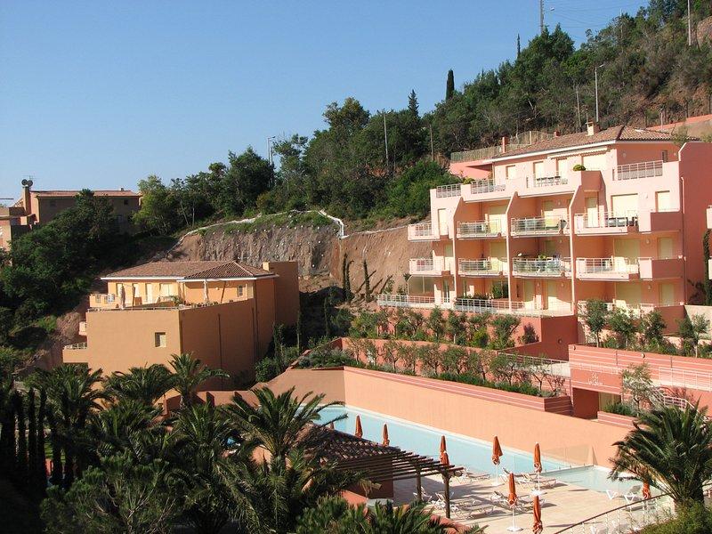 Exceptional, Steps_to_sea, Top Quality 3 rm (2 BDRM) Apartment Théoule (Miramar), casa vacanza a Théoule sur Mer