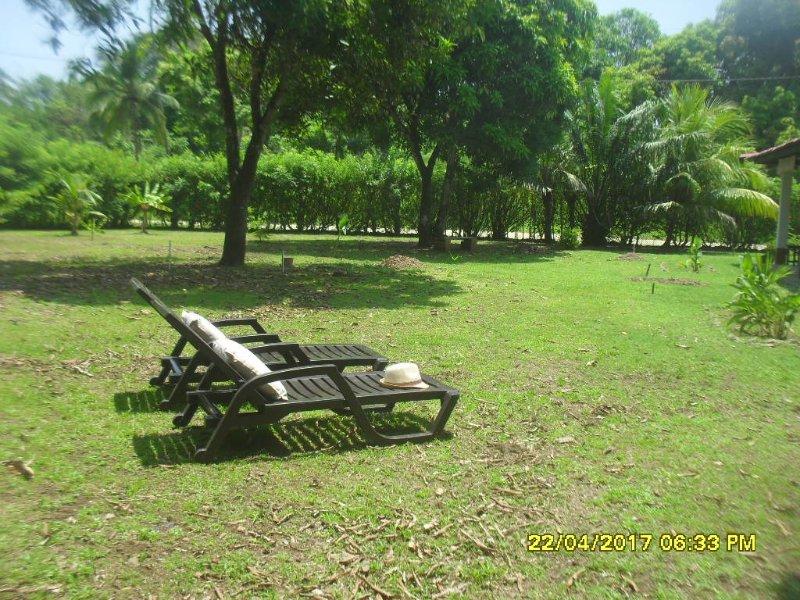 Finca Cacique... vivir la naturaleza del parque tropical y del mar incontaminado, vacation rental in Portobelo