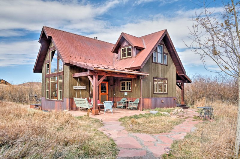 A blissful mountain retreat awaits you at this custom vacation rental home.