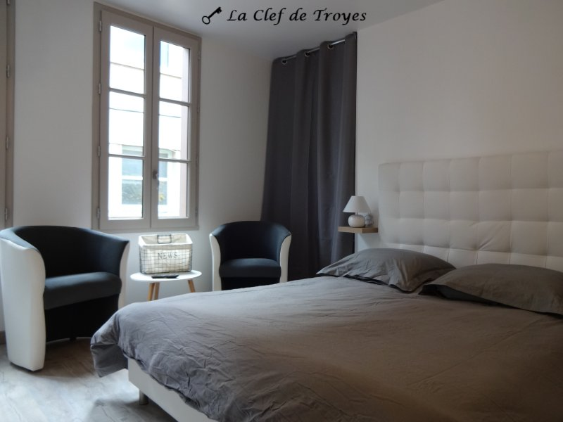 Le Cosy, holiday rental in Creney-pres-Troyes