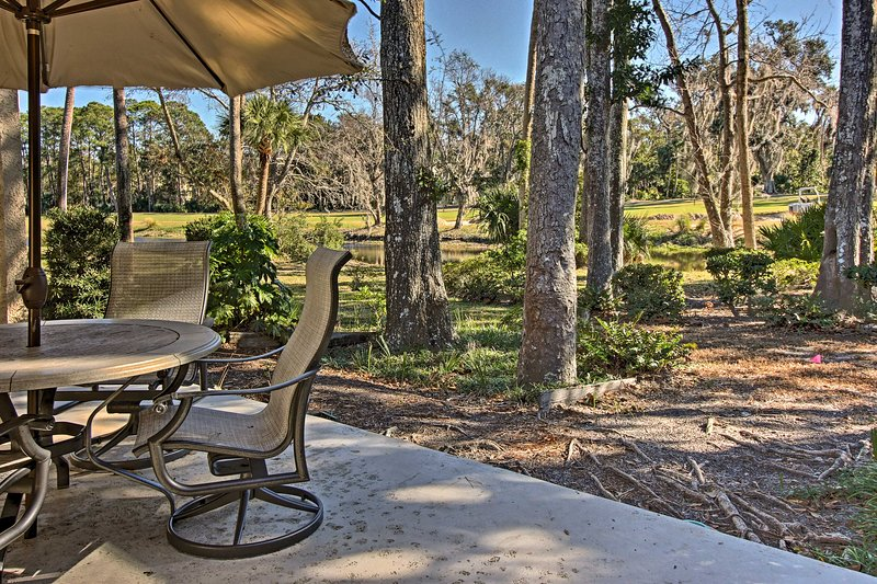 Enjoy the outdoors during your stay at this 4-bedroom, 3-bathroom vacation rental townhouse in Hilton Head.