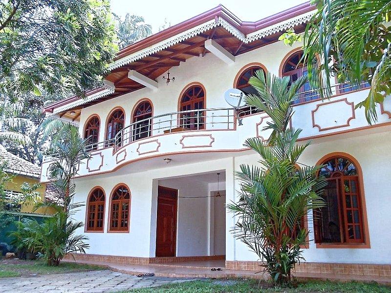 INROSE APARTMENT, holiday rental in Induruwa
