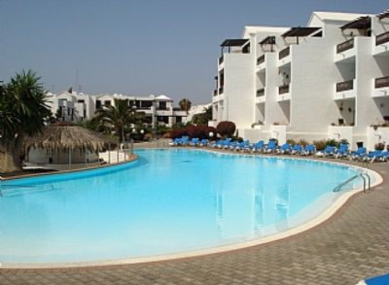 Playa Bastian / Ground floor Apartment with great wifi – semesterbostad i Lanzarote