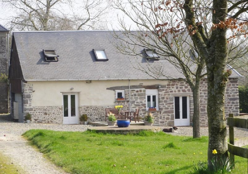 Gîte Lily -  2 chambres à Moyon, casa vacanza a Tessy-sur-Vire