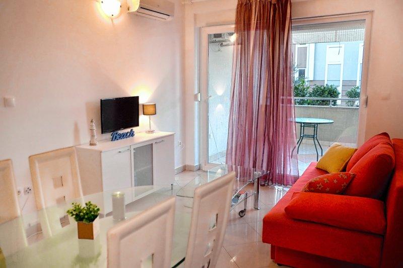 Woo Woo apartment, vacation rental in Gajac
