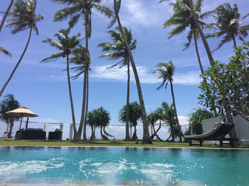 Reef House - Family beach villa near Mirissa, vacation rental in Godagama