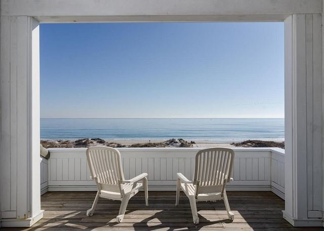Perfectly Suited For Quality Family Time At The Beach!  Great Outdoor Space!, holiday rental in Ogden
