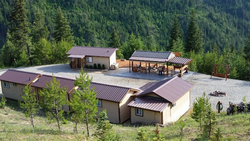 Unbeatable views at this one-of-a-kind mountain retreat.