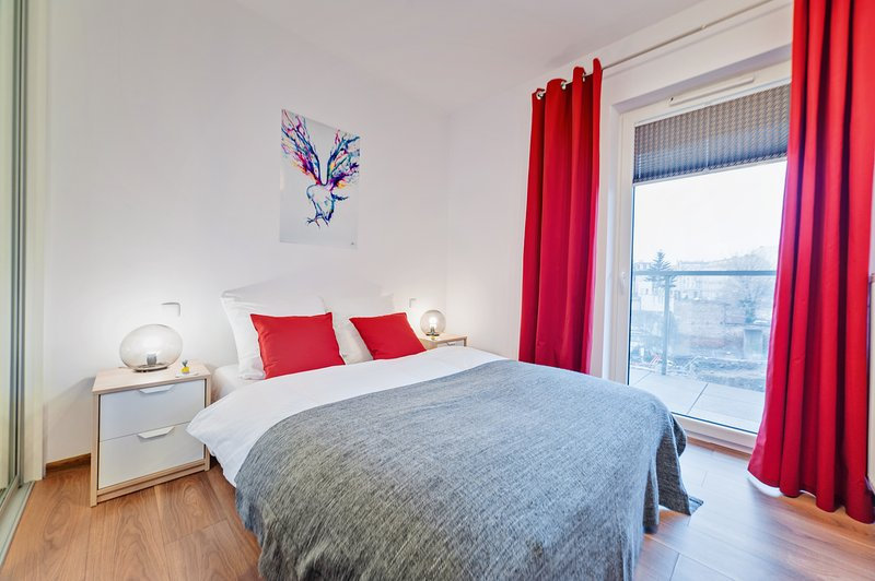 Apartament Homely Place Energy Centrum Poznan, vacation rental in Oborniki