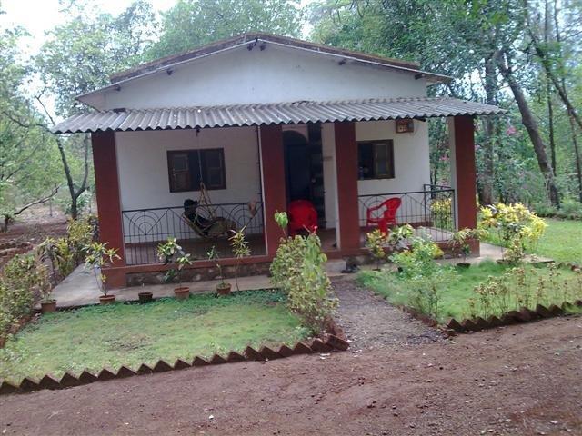 Pranay Farms - Jungle Farm House at Karjat, vacation rental in Wadawali