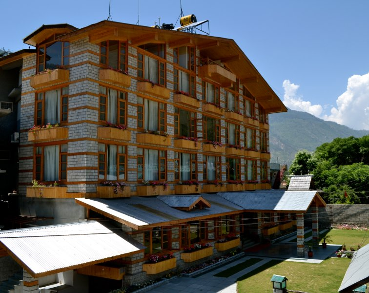 J.J RESORTS , KULLU, HIMACHAL PARDESH, INDIA, vacation rental in Mandi