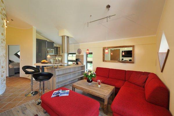 """Cozinha e sala de estar no apartamento """"Watzmann"""""""