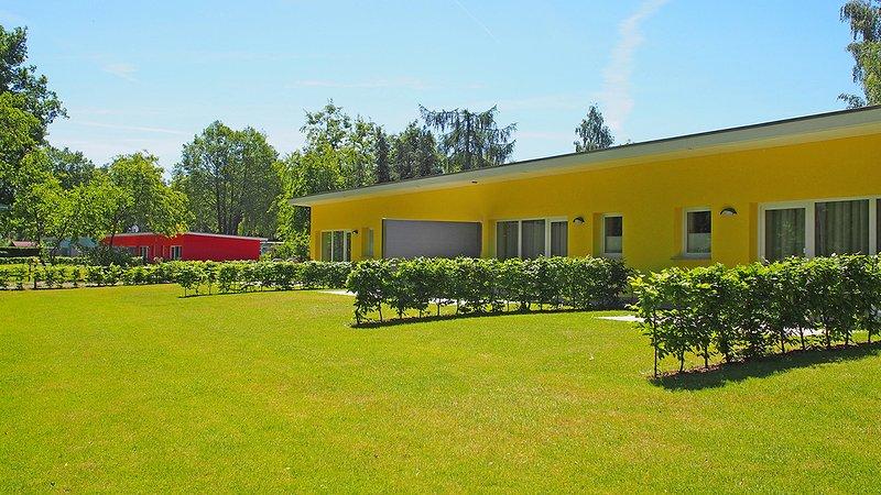 Bungis Ferienhäuser am Grimnitzsee, ***Ferienhaus Seeseite 13, holiday rental in Joachimsthal
