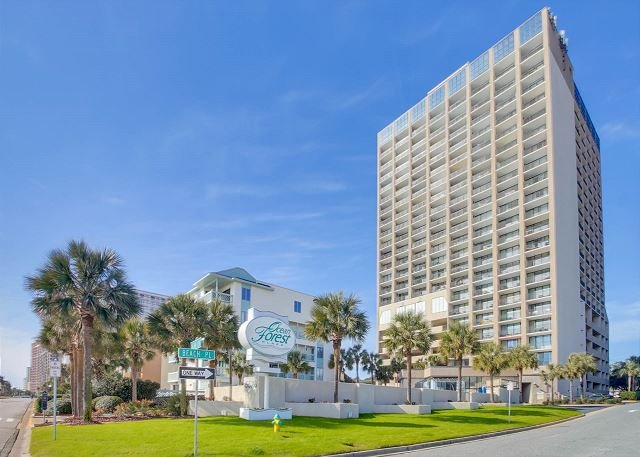 Awesome Oceanfront One Bedroom Along The Golden Mile