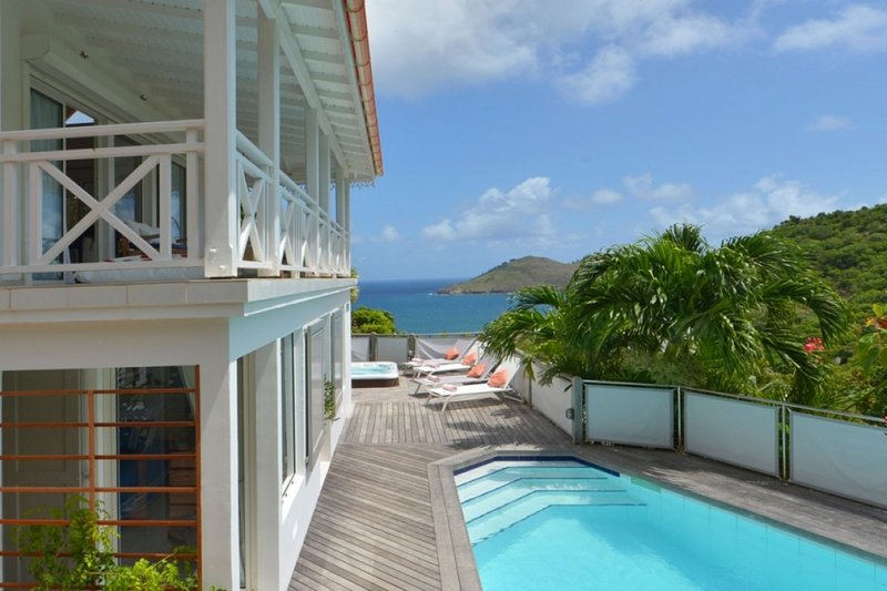 Villa Ipanema | Ocean View - Located in Beautiful Flamands with Private Pool, casa vacanza a Anse des Flamands
