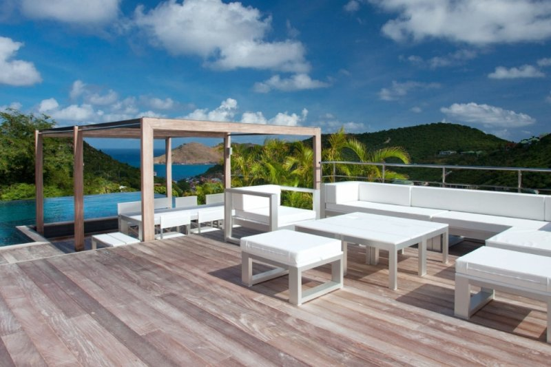 Villa Eternity | Ocean View - Located in Stunning Flamands with Private Pool, location de vacances à Anse des Flamands