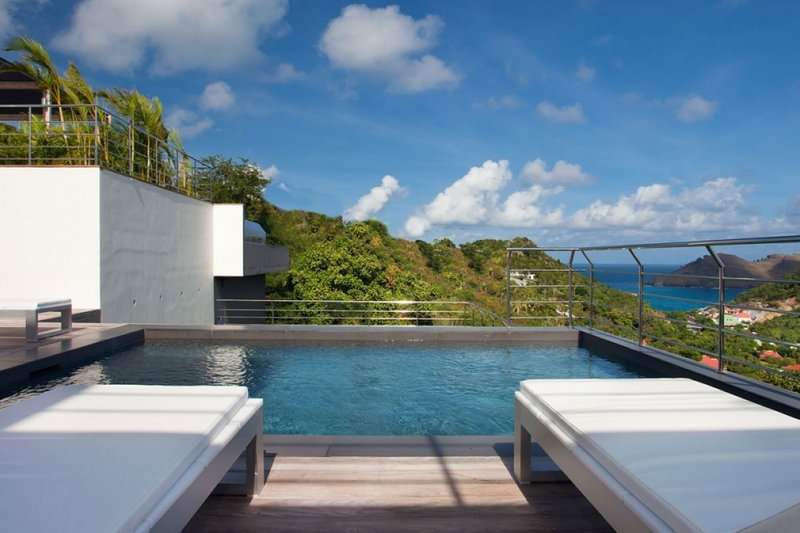 Villa Eternity | Ocean View - Located in Exquisite Flamands with Private Pool, location de vacances à Anse des Flamands