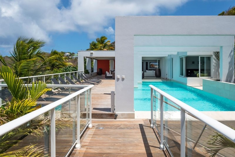 Villa Eclipse | Ocean View - Located in Tropical Vitet with Private Pool, alquiler vacacional en Anse de Lorient