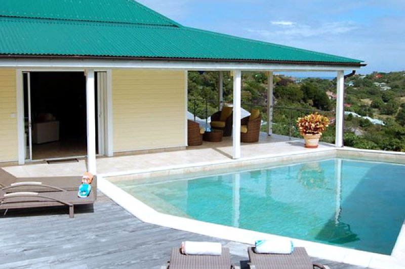 Villa Florence | Ocean View - Located in Stunning Marigot with Private Pool, Ferienwohnung in Marigot