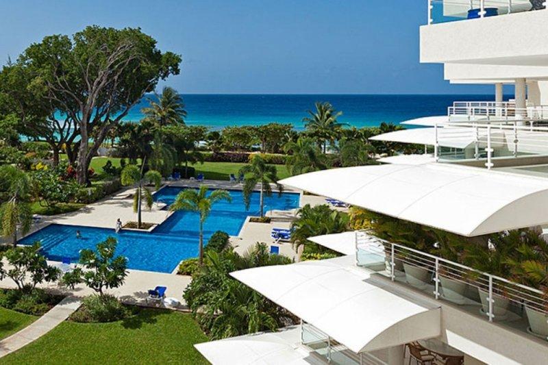 Palm Beach Villa 408 | Beach Front - Located in Wonderful Palm Beach, Christ – semesterbostad i Hastings