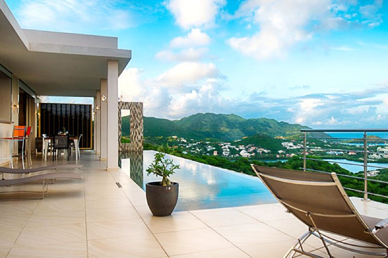 Villa Sunrise | Ocean View - Located in Tropical Orient Bay with Private Pool, holiday rental in Orient Bay