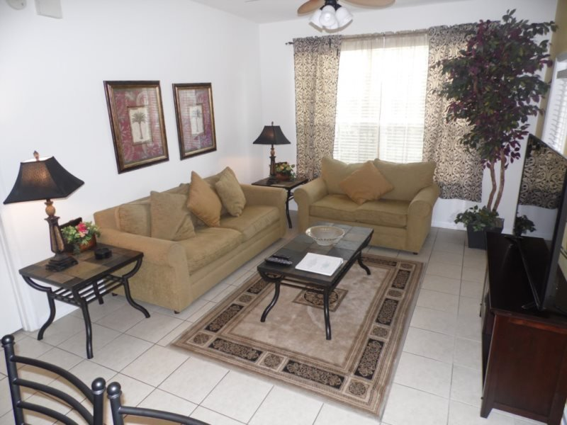 7671COM-104. Gorgeous 3 Bedroom 2 Bath Condo in Windsor Hills Resort, holiday rental in Four Corners