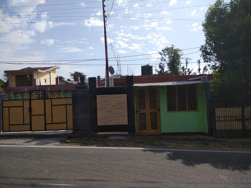 Dharamsala - Furnished 2 Room set with kitchen, alquiler de vacaciones en Kangra District