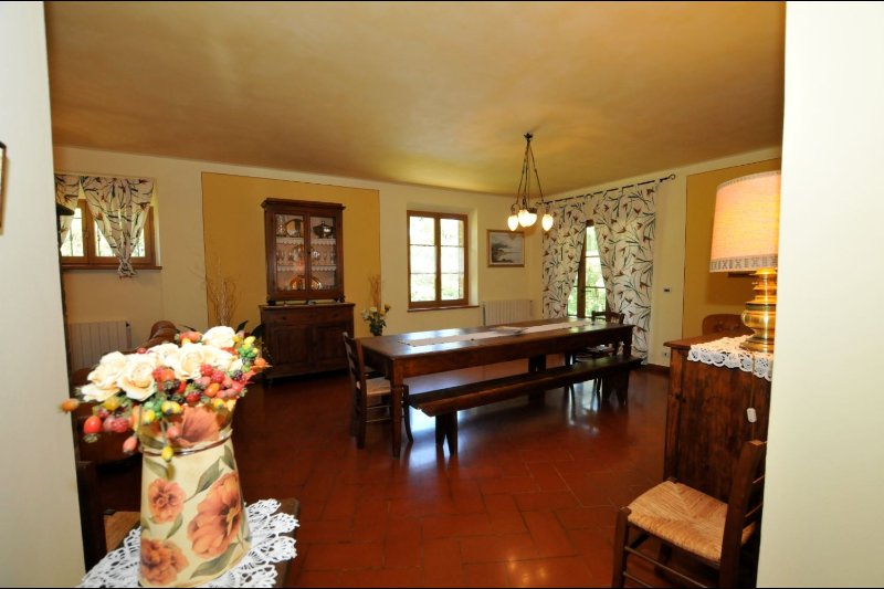 VILLA CAMPOLEONE, holiday rental in Lucignano