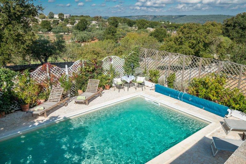 Selva di Fasano Villa Sleeps 12 with Pool - 5487760, vacation rental in Cocolicchio