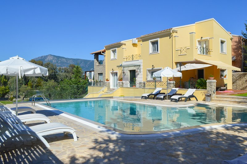 4 bedroom Villa with Pool, Air Con and WiFi - 5486825, holiday rental in Limni