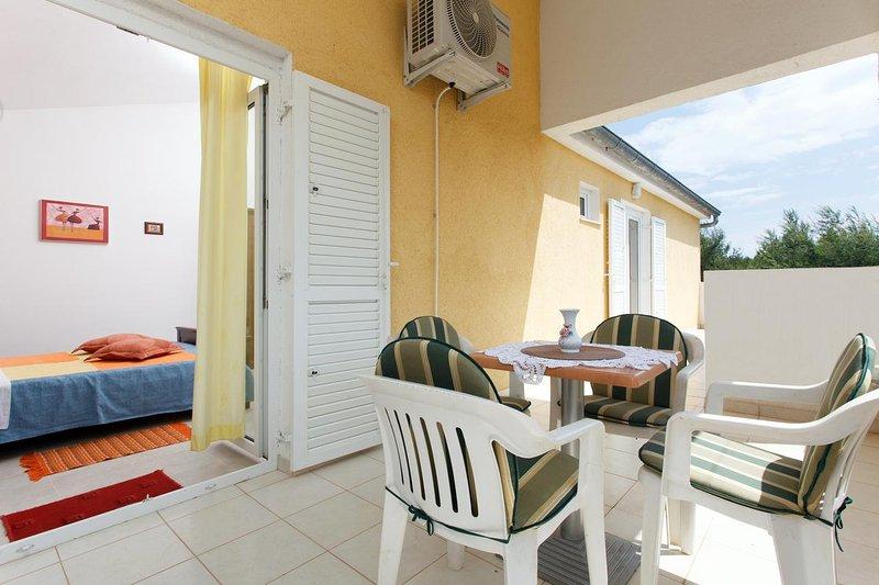 Terrace 2, Surface: 14 m²
