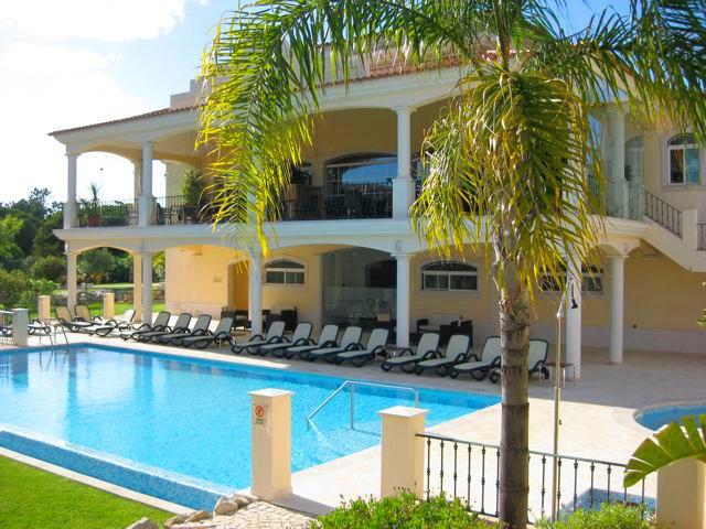 Quinta do Lago Villa Sleeps 6 with Air Con and WiFi - 5480147, location de vacances à Vale do Garrao