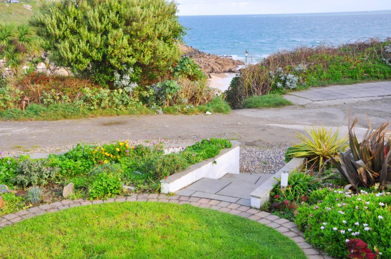 Morning Cottage garden overlooks Porthgwidden Beach