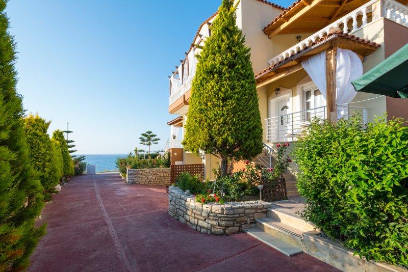 Sfakaki Villa Sleeps 6 with Pool and Air Con - 5473869, holiday rental in Sfakaki