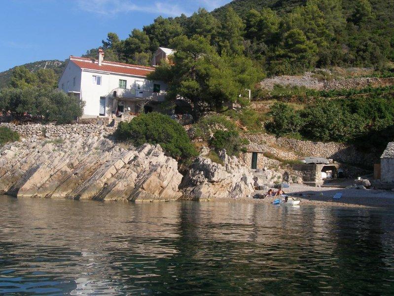 Three bedroom house Cove Pakomina, Hvar (K-12702), holiday rental in Gdinj