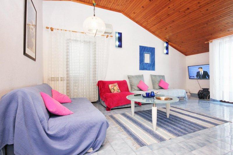 Wohnzimmer, Fläche: 18 m²