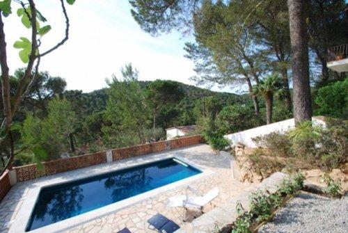 Fornells de la Selva Villa Sleeps 5 with Pool - 5736631, alquiler de vacaciones en Regencós