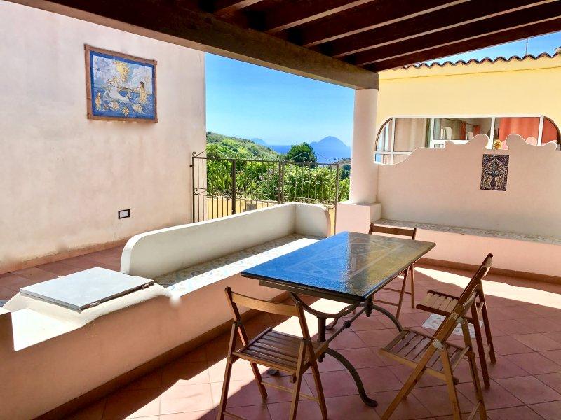 Eolia Wind's House, location de vacances à Quattropani