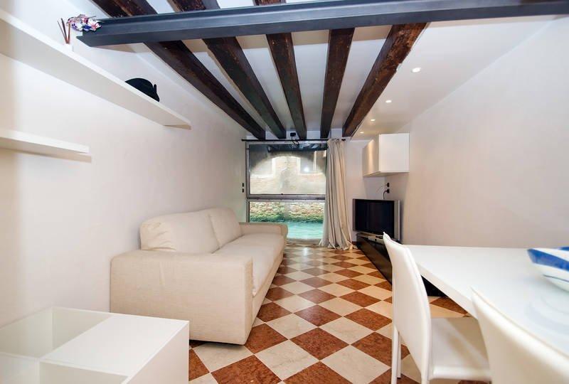 1 Bedroom Apartment In Venice Veneto Italy Ref 5448205