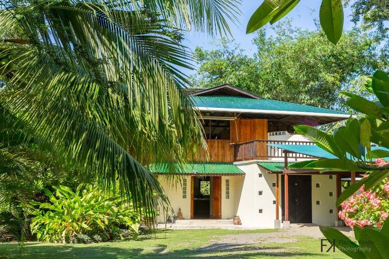 Casa Mil Flores: casa en la playa de Osa