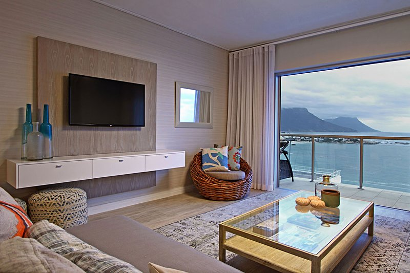 Clifton Apartment Sleeps 4 - 5400306, location de vacances à Bantry Bay