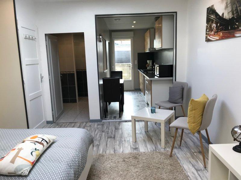 Trankil'apparts 02 Studio Grand confort, holiday rental in Hauteville