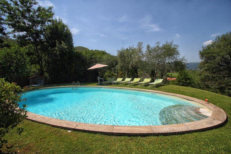 Lucolena in Chianti Villa Sleeps 10 with Pool - 5242160, casa vacanza a Casole