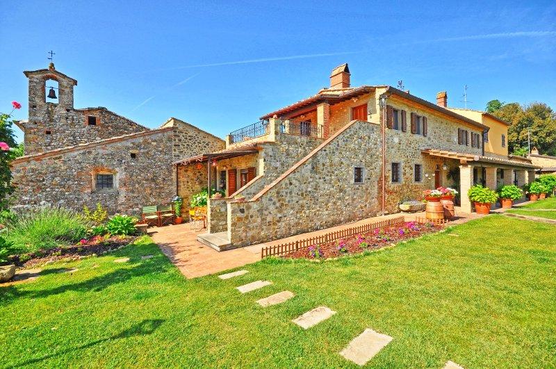 I Sadotti Villa Sleeps 10 with Pool Air Con and WiFi - 5241915, holiday rental in Quarata