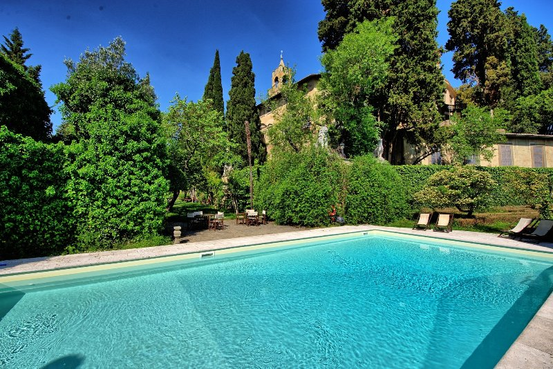 Montegufoni Apartment Sleeps 3 with Pool - 5241552, holiday rental in San Michele a Torri