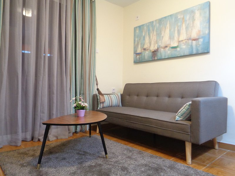 Heart Valencia Apartment - beautiful accommodation in strategic location, holiday rental in Rugat