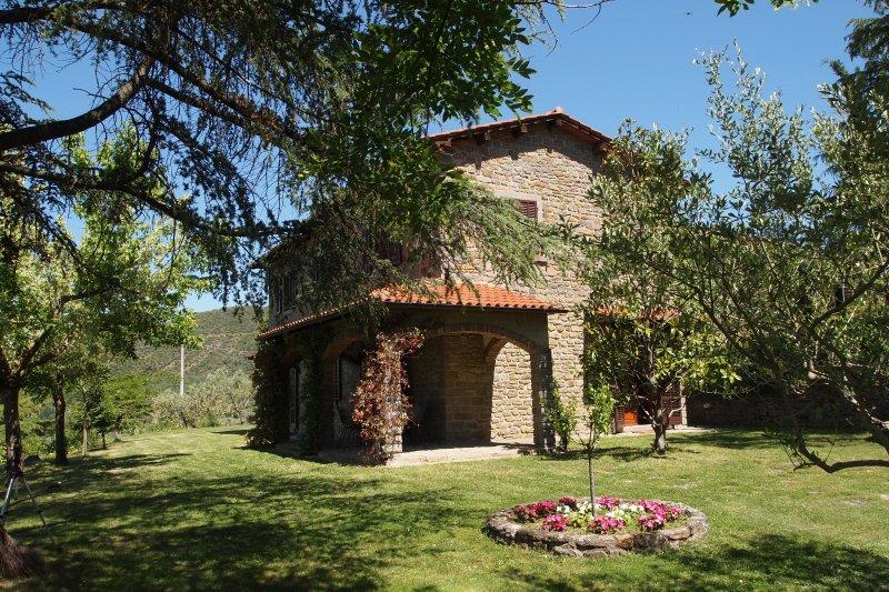 Sant'Angiolo Villa Sleeps 8 with Pool Air Con and WiFi - 5227194, location de vacances à Pergo